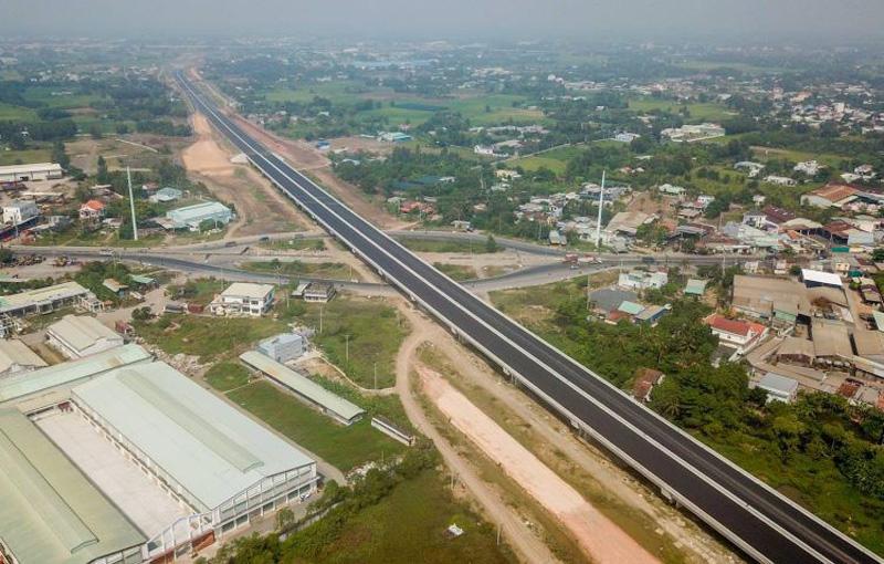 Nhà Bè - Đầu tư hạ tầng kết nối khu vực
